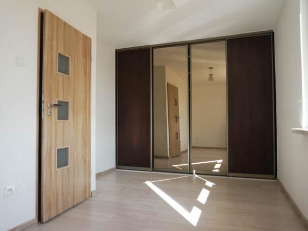 Dwupokojowe mieszkanie po generalnym remoncie w spokojnej okolicy